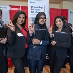 5 Questions to Ask Yourself BEFORE This Friday's #UHBauer Career Fair