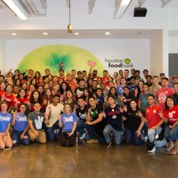 Alumni give back to community at Houston Food Bank for National Day of Service
