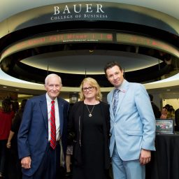 Bauer Honors Celebrates Founding Director During Mixer